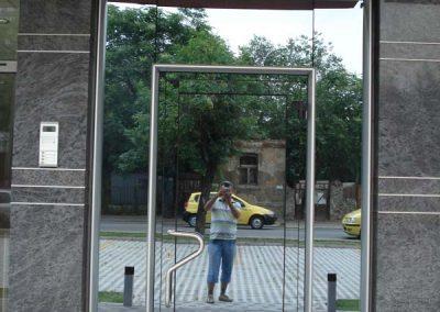 Входни врати от алуминиеви профили